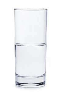 Lebensfreude und Erfolg, Half full glass of water, Fotolia.de